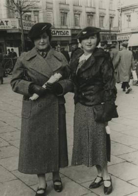 [Photograph of Julia Schmucker with unidentified woman]