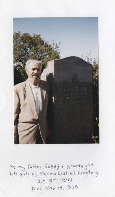 [Photograph of Bert Knoll near the grave of his father Josef]