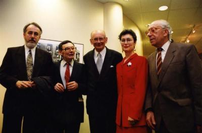 [Photograph of Krzysztof Kasprzyk, Marian Turski, Władysław Bartoszewski, Ronnie Tessler and Alexander Dimant]