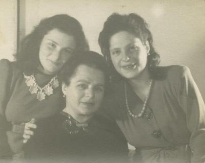 Ellen, Frieda and Inge