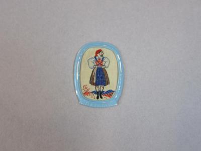 Winterhilfswerk Kärnten region folk costume pin