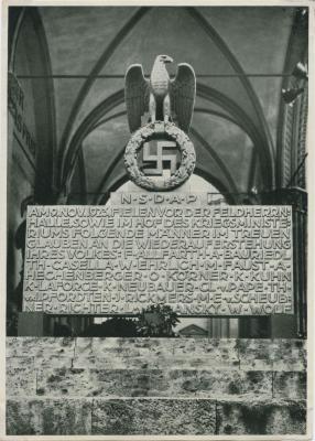 Das Ehrenmal zum Gedächtnis der an der Feldherrnhalle in München am 9 November 1923 Gefallenen
